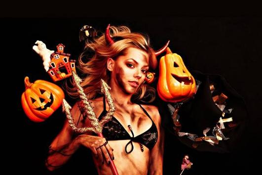 Pleasures at Halloween